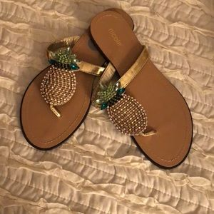 Pinnaple bling sandals 7